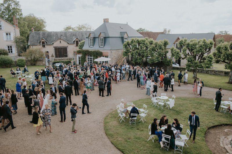 Cocktail de mariage romantique en Centre-Val-de-Loire
